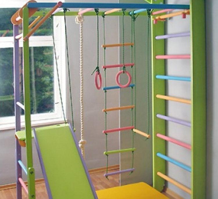 шведська стінка для дитячого спортивного майданчику